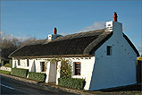 A beautiful Manx thatched cottage in Cranstal - (2/12/04)